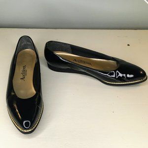 Auditions Black Patent Leather Ballet Flats 8 N